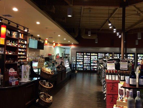 Aliso Viejo, CA: OC Wine Mart & Deli