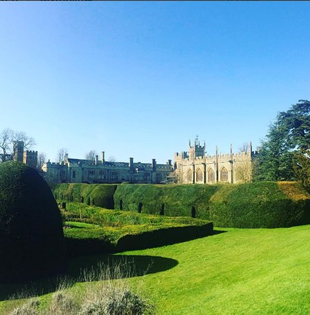 Winchcombe, UK: Sudeley Castle grounds