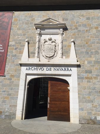Fortress and Walls of Pamplona : Remarkable