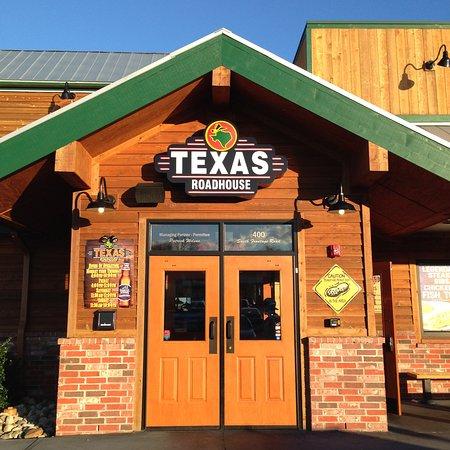 Nueva Londres, CT: Texas Roadhouse - Entrance