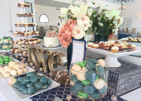 Dennis Port, MA: Scrumptious desserts for a wedding!