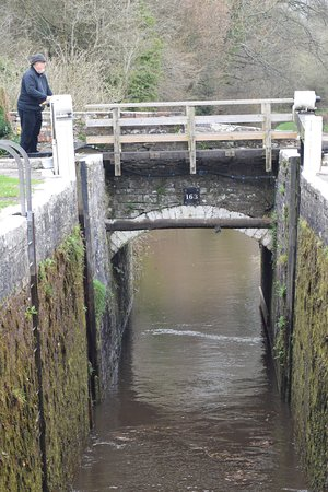 Brecon, UK: Waiting for the Lock to fill