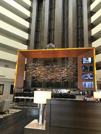 McLean, VA: Lobby area