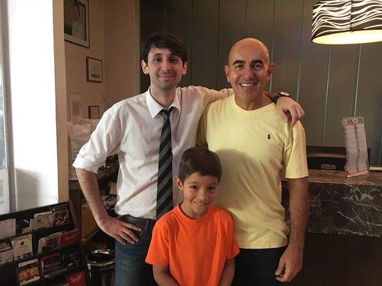 "Galerias Hotel: Nicolas ""Messi"", Pietro e Marcos"