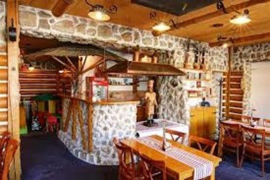 Děčín, Česká republika: jídelna bar