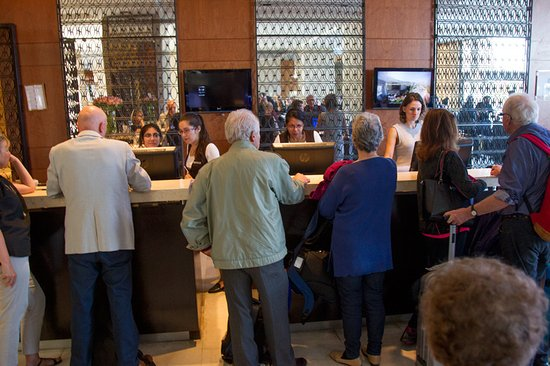 Sheraton Santiago Hotel and Convention Center: Queues to register