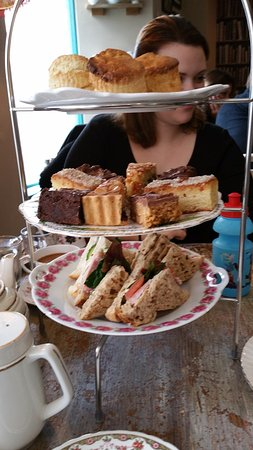 The Kitchenside Bakery : Full Afternoon tea for two