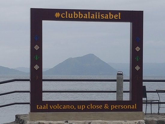 Club Balai Isabel: Picture frame with the volcano in the background