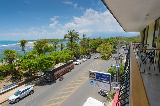 Best Western Hotel & Casino Kamuk: Entrance to Quepos