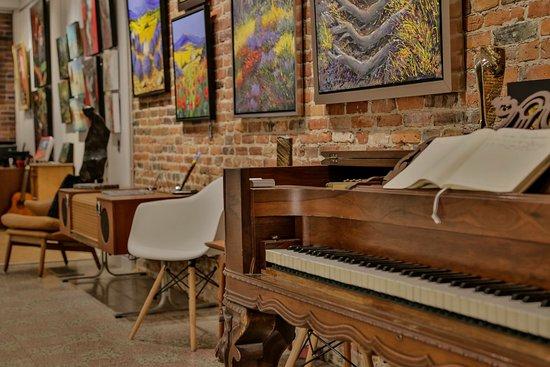 Saint jean sur richelieu galerie du vieux st jean for Galerie du meuble quebec