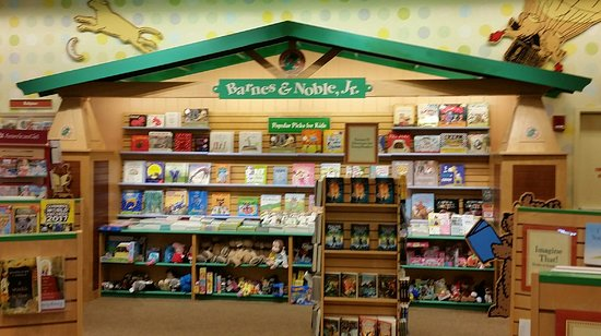Barnes Noble For Books Review Of Barnes Noble Newport Ky