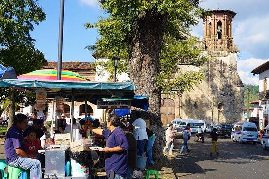 Tzintzuntzan, Mexico: Ihuatzio square
