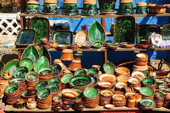 Tzintzuntzan, Mexico: Ihuatzio pottery