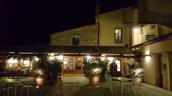 Montaione, Włochy: Location