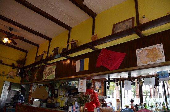 Artenara, Ισπανία: Bar Tamabada _ Artenanra