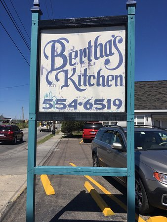 Photo of American Restaurant Bertha's Kitchen at 2332 Meeting Street Rd, Charleston, SC 29405, United States
