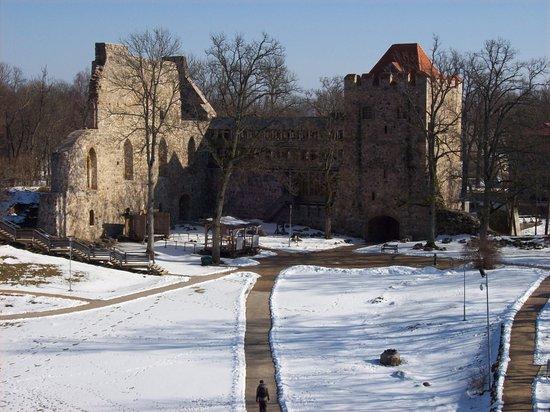 Sigulda, Latvia: Inside the castle... snow in March.. brrrr!