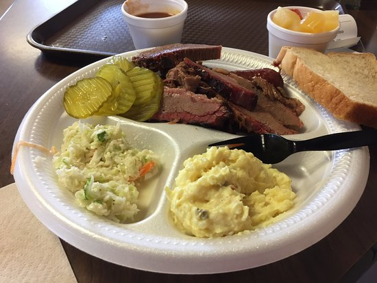 Zimmerhanzel's Bar-B-Que: Delicious two meat plate!