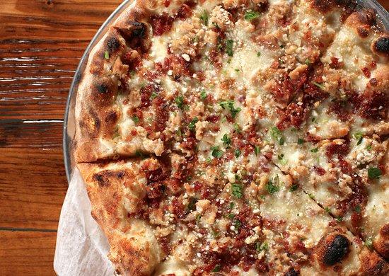 "Stratford, CT: ""Shell Station"" white clam pizza!"