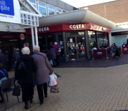 Bury, UK: No visit is complete with calling for coffee at Costa.