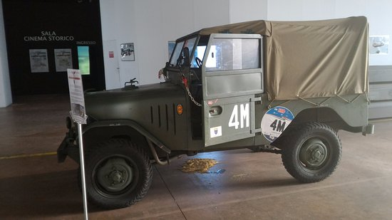 Volandia Parco e Museo del Volo Malpensa: Campagnola militare.