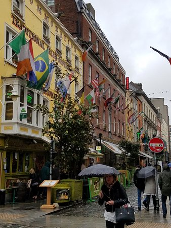 Temple Bar is the fun area where you will find the BOXTY HOUSE. Come in out of the rain!