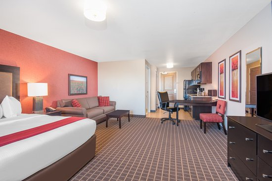Interior - Picture of Hawthorn Suites by Wyndham Dickinson - Tripadvisor
