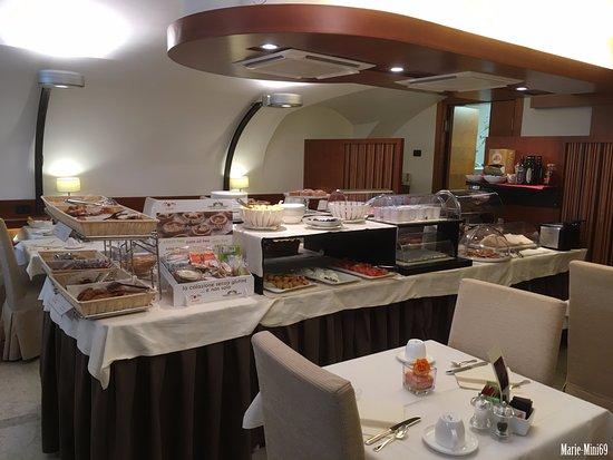 Ruzzini Palace Hotel: Salle petit-déjeuner