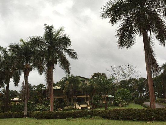 Hotel Casa Turire: Notre seul jour de pluie au Costa rica! Le lieu reste magique.