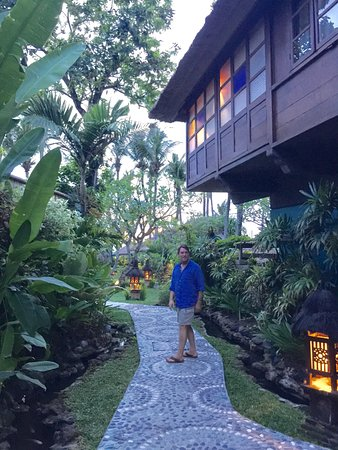 Hotel Tugu Bali: pathways to the rooms