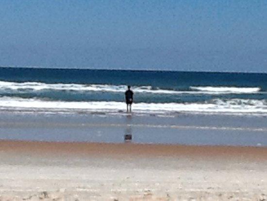 Ormond Beach, FL: cold water beautiful beach