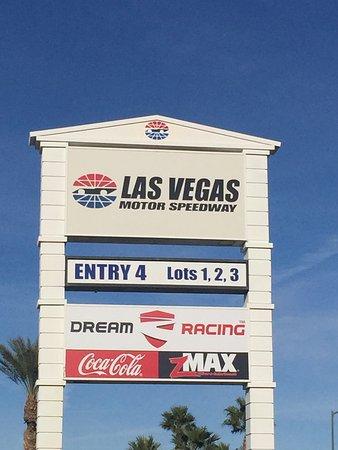 Las vegas motor speedway aktuelle 2017 lohnt es sich for Hotels near motor speedway las vegas