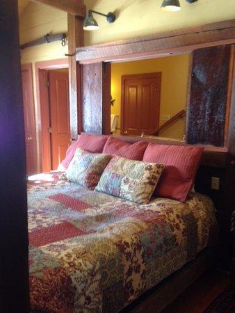 Stockton, NJ: Bed