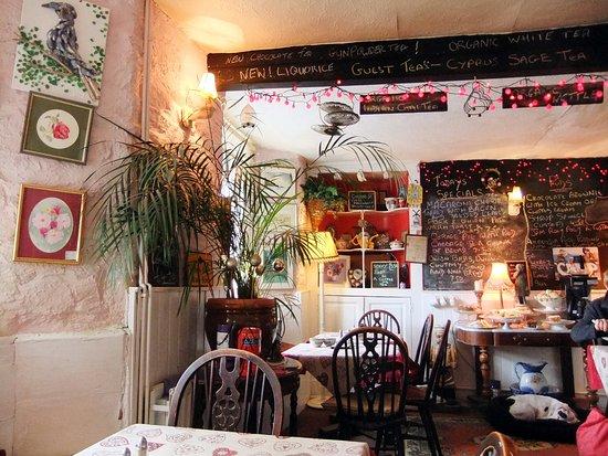 Ashburton, UK: the inside of the teashop