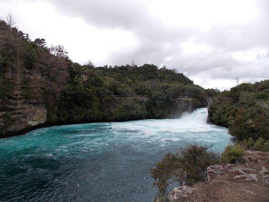 Taupo, Nuova Zelanda: Beautiful blue