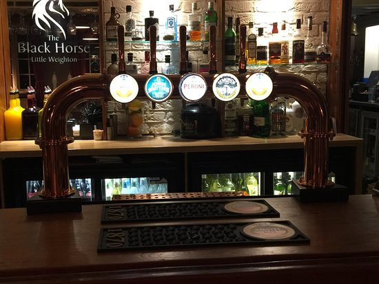Little Weighton, UK: Gorgeous new copper beer font