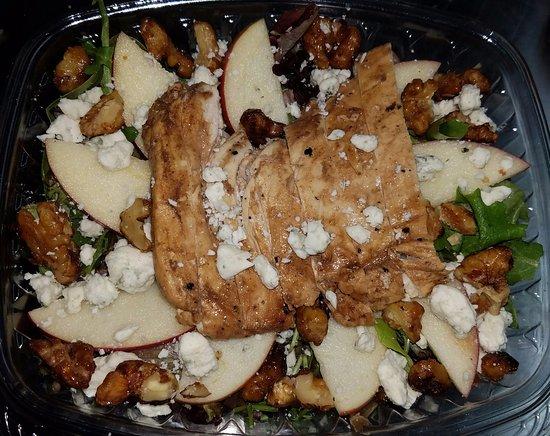 Charlemont, MA: Peak Salad