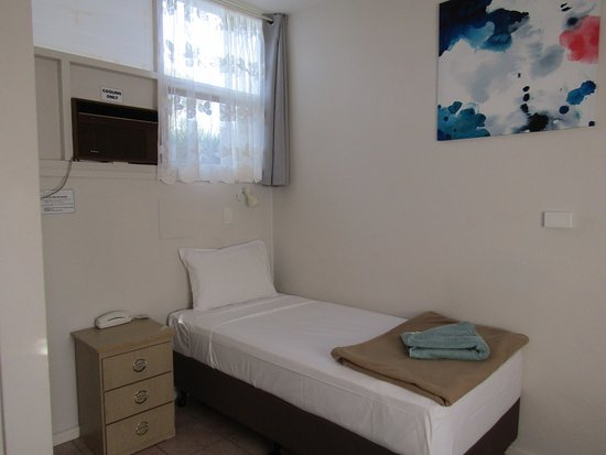 Wodonga, Australia: single room
