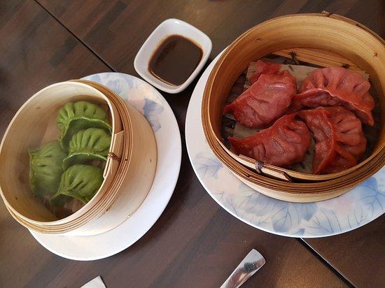 Photo of Chinese Restaurant Kowloon City at Oeder Weg 32, Frankfurt 60318, Germany