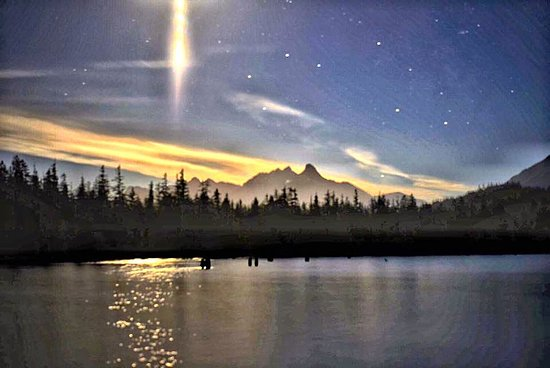 Comox, Canada: Awesome night shot from Pat Miller!