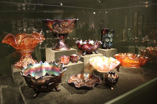Winter Park, FL: Collection of circus glass