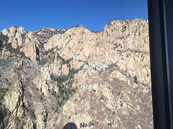 Sandia Peak Tramway: Tram views