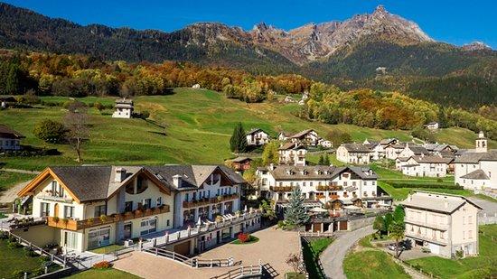 Crodo, Italia: L'Edelweiss con il monte Cistella