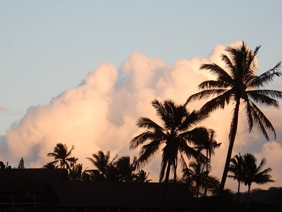 Maunaloa, Hawái: Sunset against the clouds to the east