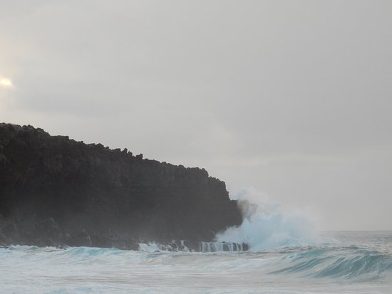 Maunaloa, HI: More crashing against the head