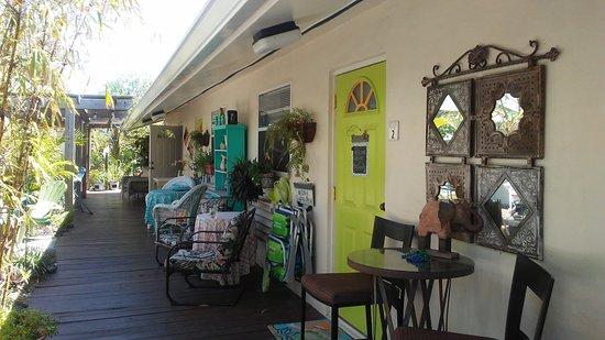 Mango Street Inn: 20170312_133651_large.jpg