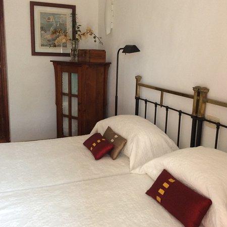 Guime, إسبانيا: Double Bed room