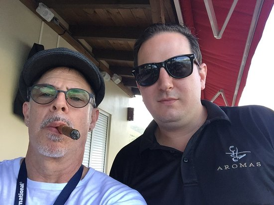 Bilde fra Aromas Cigar & Martini Bar