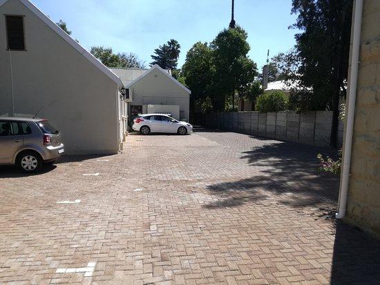 88 Baron van Reede Guesthouse: Secure Parking