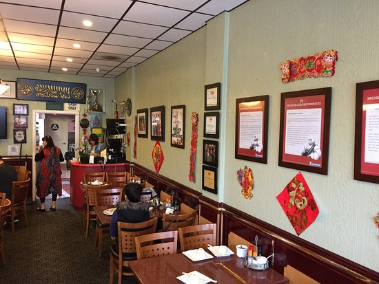 Photo of Chinese Restaurant Old Mandarin Islamic at 3132 Vicente St, San Francisco, CA 94116, United States